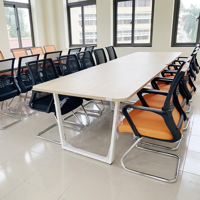 Ghế lưới chân quỳ lưng cao cho phòng họp hiện đại 1